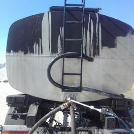 Reinigung von Bitumentankwagen